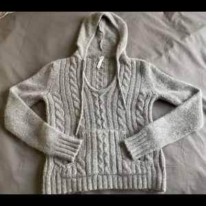 Lilu Pullover Hoodie Made Of Knitted Nylon & Wool